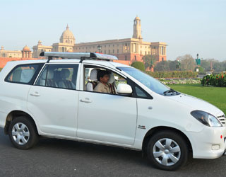 Innova Taxi Chandigarh